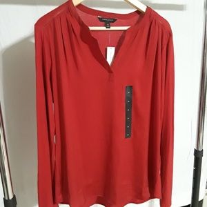 BANANA REPUBLIC red long sleeve blouse